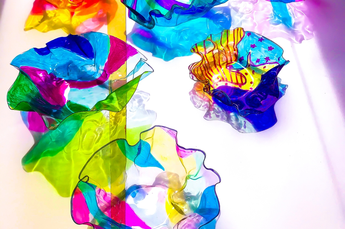 8th Grade – The Art of Dale Chihuly