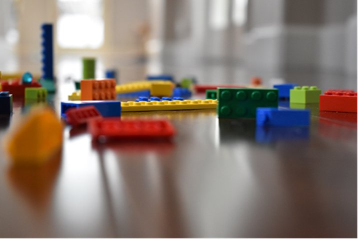 8th grade student image of Legos using aperture manipulation to express a shallow depth-of-field