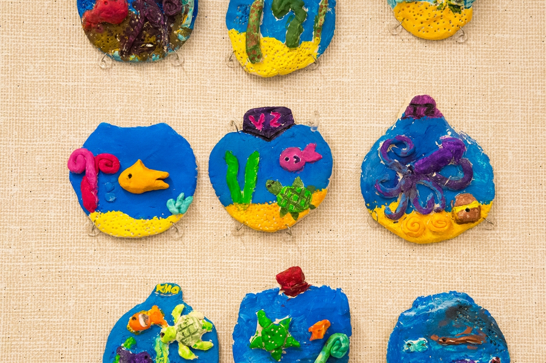 3rd Grade – Clay Aquarium Relief Sculpture